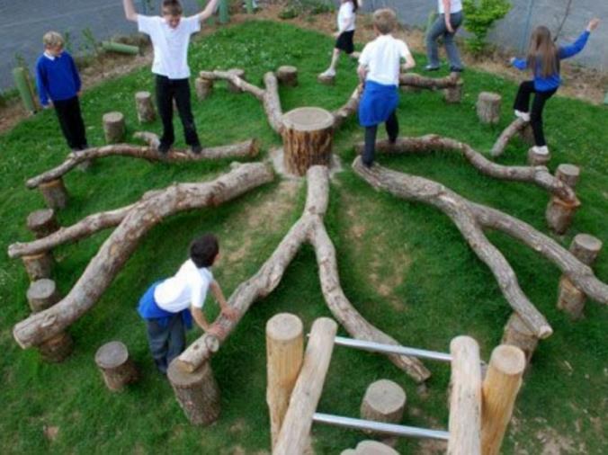 images A Cosenza il parco giochi è fatto con materiale riciclato