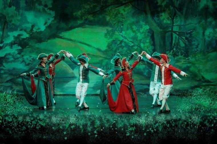 """Domani sera al Politeama la magia del balletto di San Pietroburgo con """"La bella addormentata"""""""