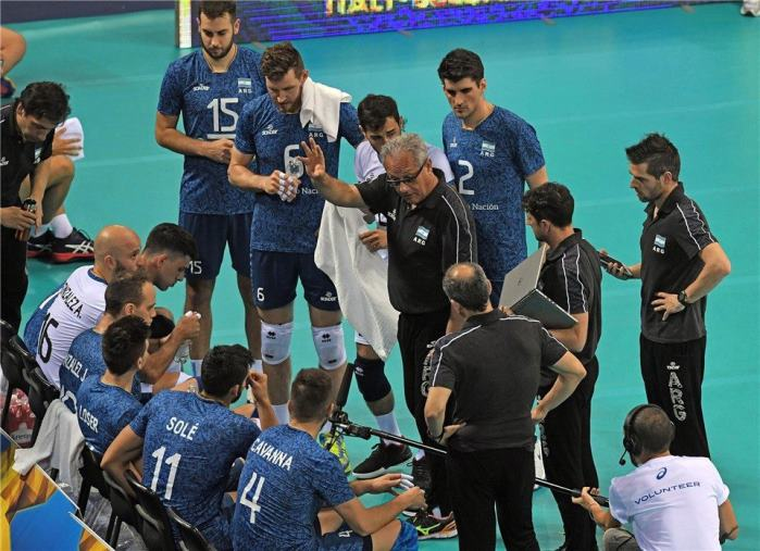 Volley, Velasco a Camigliatello con l'Italia Under 19