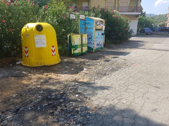 """images """"Operazione città pulita"""":  a Corigliano-Rossano, interventi su tombini, verde pubblico e nelle scuole"""