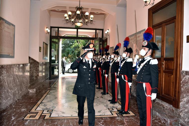 images Il saluto del comandante generale dell'arma dei carabinieri Nistri ai militari in servizio in Sicilia e Calabria