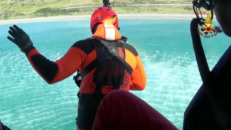 images Conclusa l'attività di retraining dei sommozzatori di Reggio Calabria sulle manovre e tecniche di soccorso a mare (VIDEO)
