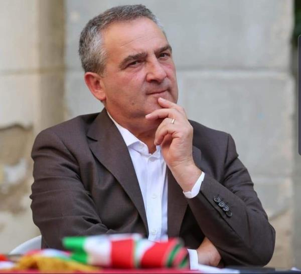 """images Coronavirus. Il sindaco si rivolge ai cittadini di Girifalco: """"Diamo una mano a chi è più debole"""""""