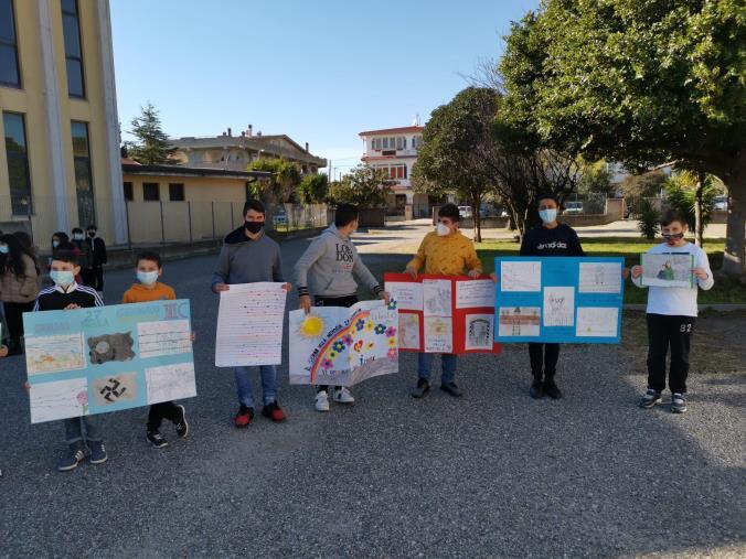images Scuola. Anche a Cropani gli alunni hanno celebrato il Giorno della Memoria
