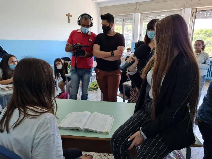 """images Monterosso Calabro. Parte la seconda edizione di """"Cinema a scuola"""""""