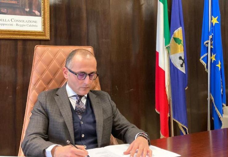 """images Cetraro. """"Rafforzare la stazione dei Carabinieri a Tenenza"""", approvata la mozione di De Caprio"""