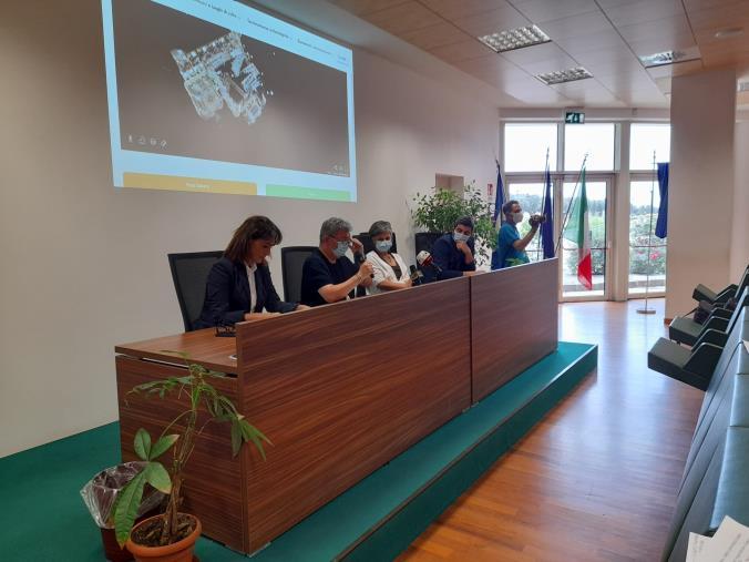 """images Luoghi di culto e di cultura: Presentato in Cittadella il """"Virtual tour"""" tra le bellezze della Calabria"""
