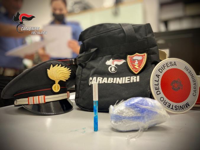 Controlli e perquisizioni nel Vibonese: sequestro di 150 grammi di cocaina e un arresto