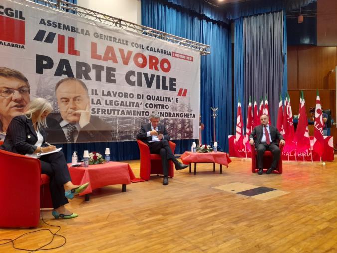 images Lavoro, legalità, sviluppo: a Lamezia Terme il confronto tra Gratteri e Landini sul futuro della Calabria e del Paese