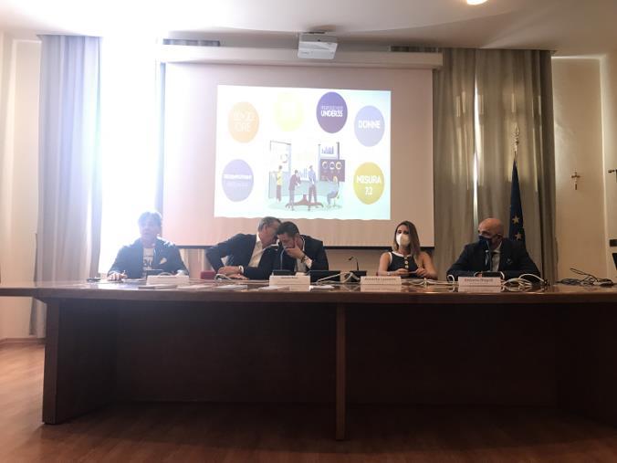 """Catanzaro. La Camera di Commercio """"avvia""""  'Yes I Start Up Calabria', il percorso ideato per formare i giovani all'autoimpiego"""