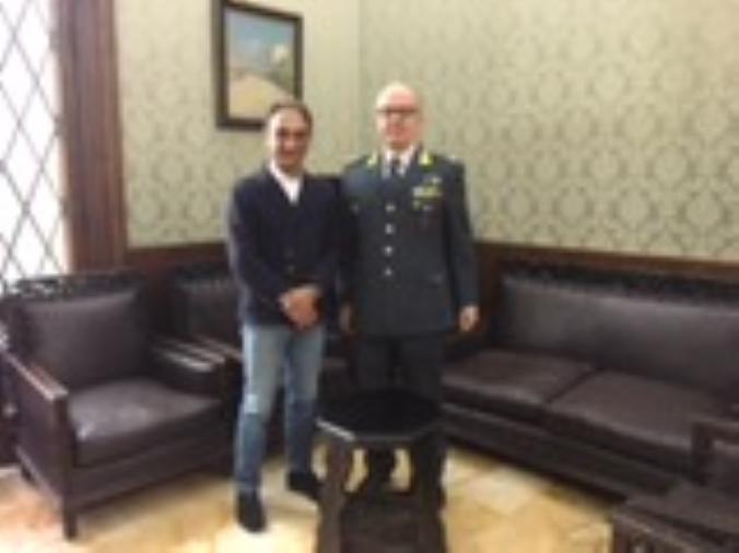 images Il nuovo comandante provinciale della Guardia di Finanza ricevuto dal sindaco
