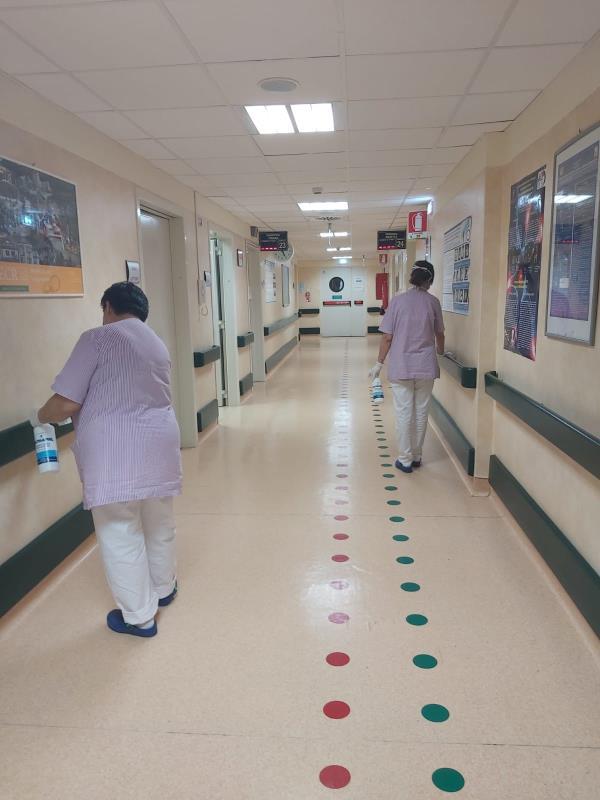 """images Coronavirus. Associazione Sud Democratici: """"Il personale delle pulizie dell'ospedale Pugliese è senza protezioni. L'azienda e la direzione sanitaria tutelino i lavoratori"""""""