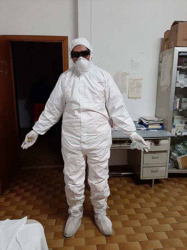 """images Coronavirus. Il dottore Santoro: """"I politici ne hanno fatto un un affare mondiale. Lasciassero la sanità in mano ai medici"""""""
