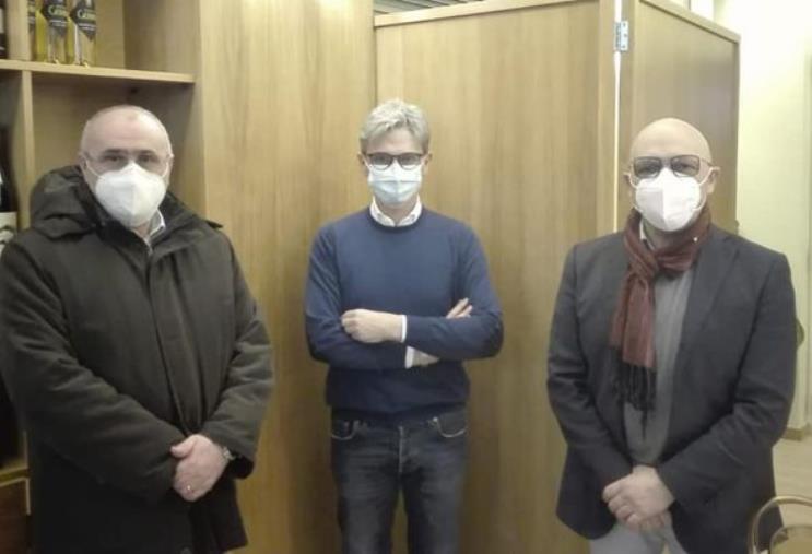 images Gli ex leghisti del Gruppo guidato da Chiefalo aderiscono a Forza Italia. Incontro a Catanzaro con Mangialavori