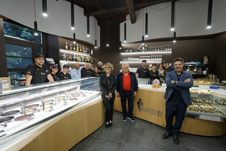 images Catanzaro. È tornata la gelateria Amedeo su Corso Mazzini: il gusto ha un nuovo design (FOTO)