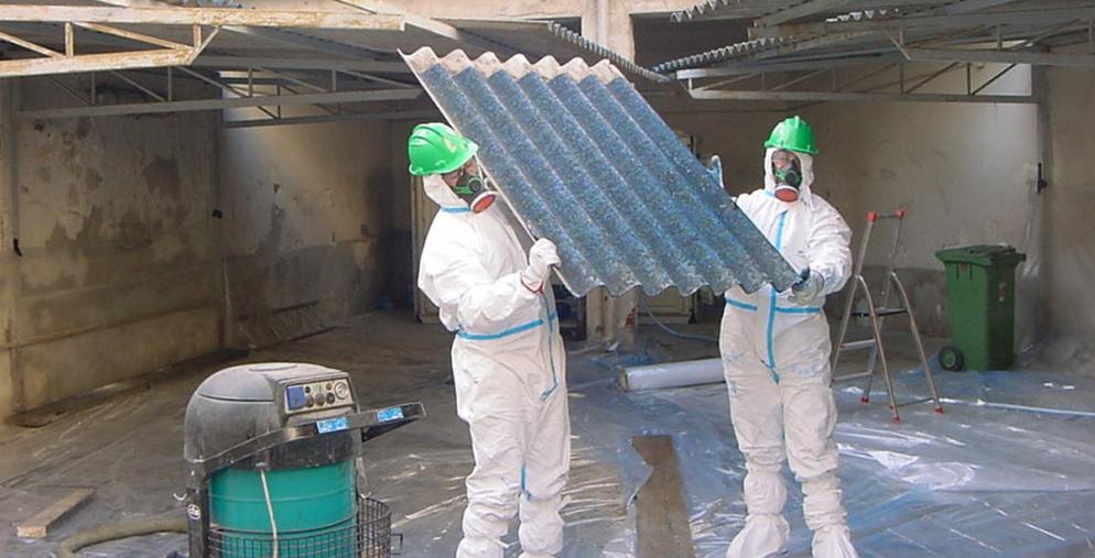 images Girifalco, nominata Commissione per gestire i fondi sullo smaltimento dell'amianto