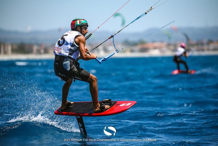 images La storia di Angelo, da Vignola a Gizzeria per conquistare la medaglia mondiale di Kite