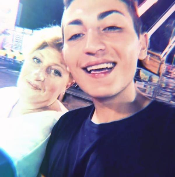 """images Orlando suicida a 18 anni. La mamma da Soverato: """"Voglio la verità, mio figlio non lo avrebbe mai fatto"""""""