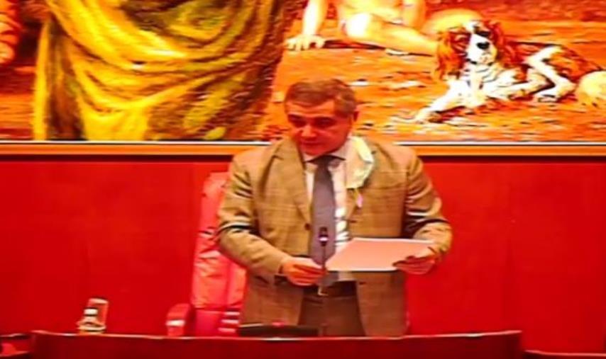 Attentato in Congo. A Palazzo Campanella bandiere a mezz'asta per la scomparsa dell'ambasciatore Attanasio e del carabiniere Iacovacci