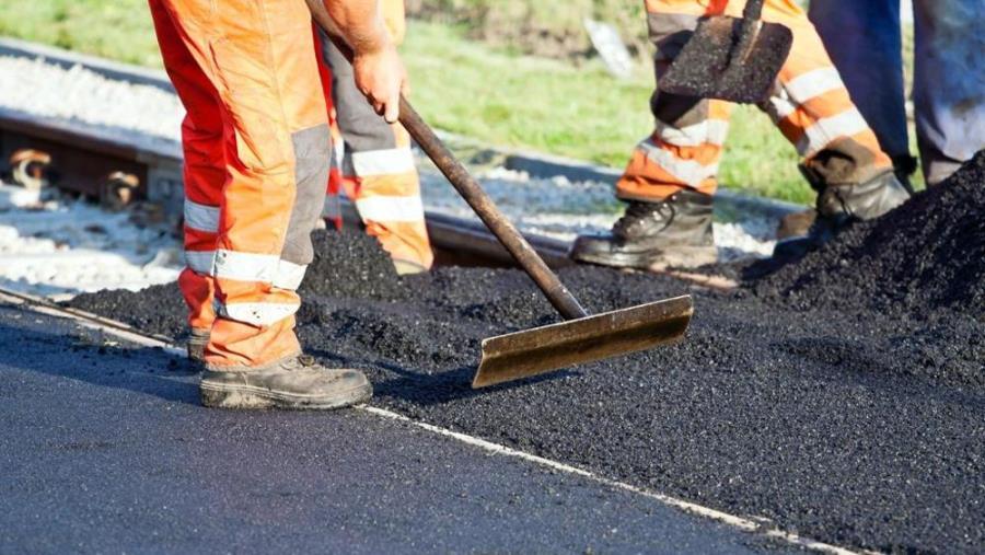 images Montepaone, 210 mila euro per asfalto e sicurezza stradale. Approvato il progetto di fattibilità