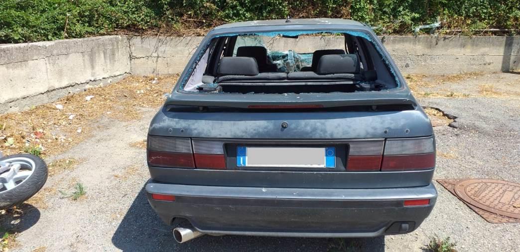 images Gagliano cimitero di veicoli, Gironda dice basta