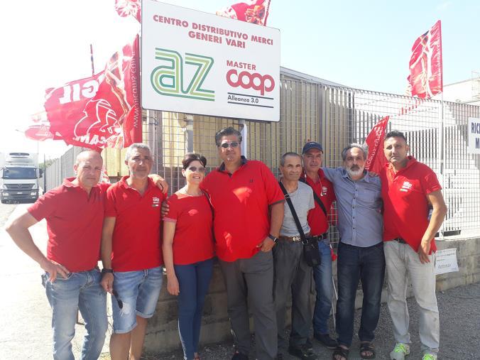 images AZ, continua lo sciopero dei trasportatori (VIDEO)