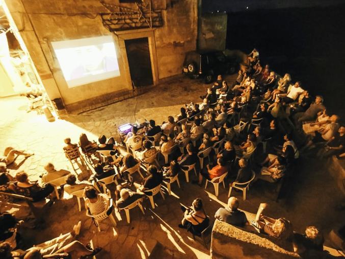 """images Badolato. Dal 18 al 19 settembre sbarca nel borgo """"Meridiano16 Film Festival"""""""