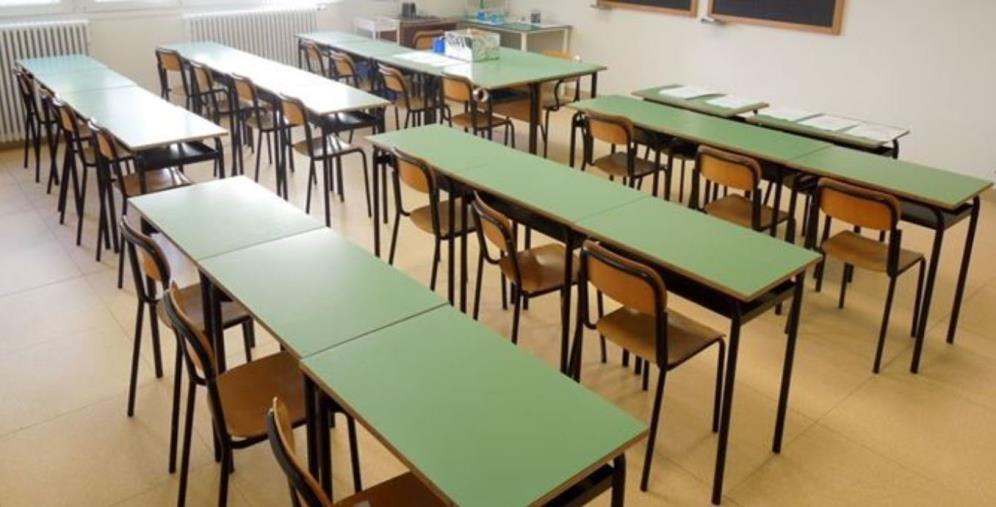 images Covid. Ad Altomonte stop alla didattica in presenza per tutte le scuole fino al 31 marzo