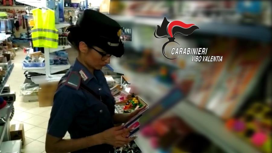 images Blitz nei negozi cinesi: oltre 20 mila euro di multa e una denuncia a Serra San Bruno.