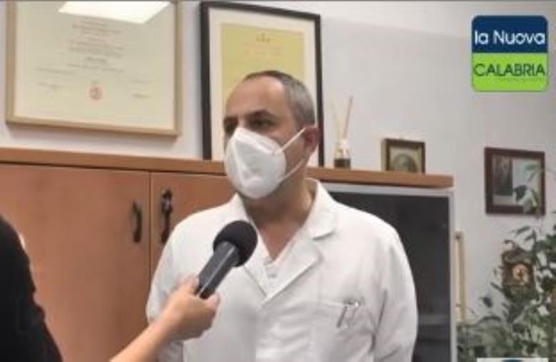 """images Vax Day. Il prof. Torti, responsabile del centro Covid di Catanzaro: """"Mi vaccinerò"""""""