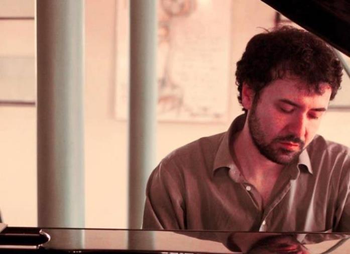 """images """"Tell Uric"""", dal 7 maggio arriva il nuovo album del musicista cosentino Luigi Porto"""