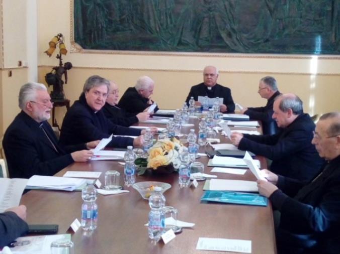 """images La Conferenza episcopale calabra invita i fedeli """"a pregare con fervore il Signore di liberarci da ogni male e, in particolare, dal coronavirus"""""""