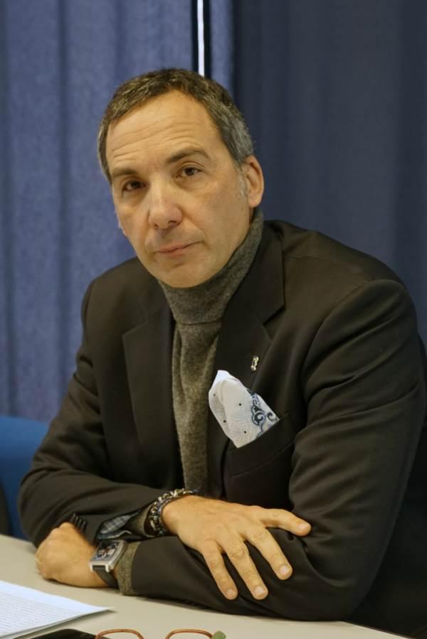 """Chirillo (Confesercenti Catanzaro) sulla crisi di governo: """"Ora serve un esecutivo forte"""""""