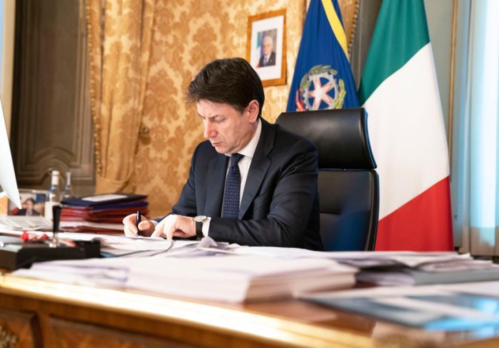 """images Coronavirus. Italia in Comune-Casco e il Pd all'Amministrazione di Cosenza: """"Chiarire le modalità con cui richiedere gli aiuti del Governo"""""""