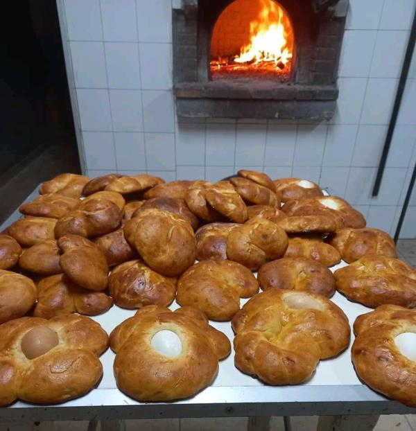 images La ricetta per la cuzzupa che rende più dolce la Pasqua blindata dal covid (VIDEO)