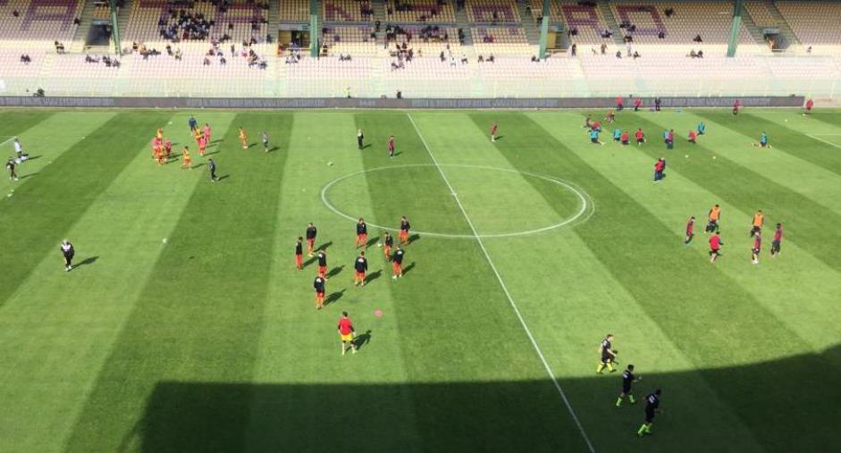 Catanzaro e Taranto in campo alle 14.30: le formazioni ufficiali