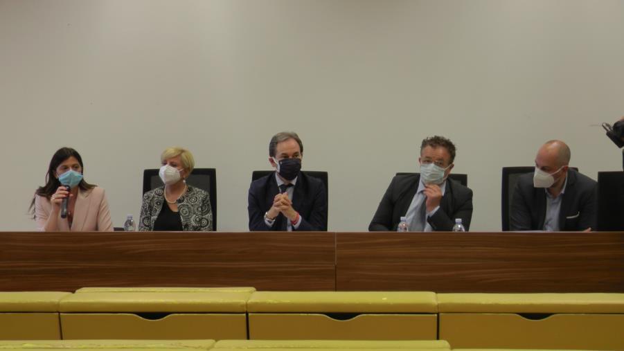 """images Tirocinanti. Il consigliere Di Natale (Iric) presenta la sua proposta per la stabilizzazione: """"Punto di partenza"""""""