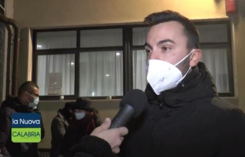 """images S. Anna Hospital. I dipendenti esasperati: """"Non sappiamo più a chi rivolgerci"""""""