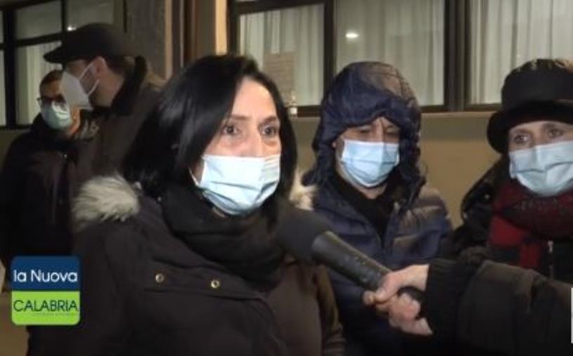 """images S.Anna Hospital a rischio chiusura. I dipendenti: """"Siamo ostaggi delle istituzioni calabresi"""""""