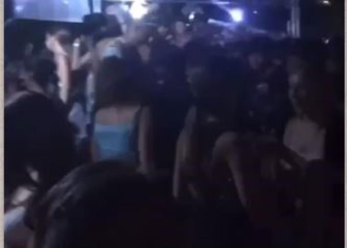 images Movida a Soverato. Raffica di multe dei carabinieri ai locali, sequestrata nota discoteca sprovvista di autorizzazioni