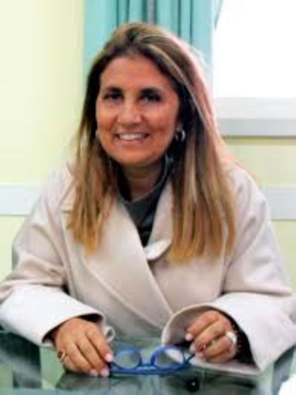 """images Sanità, Elga Rizzo è la nuova """"reggente"""" dell'Asp di Catanzaro"""