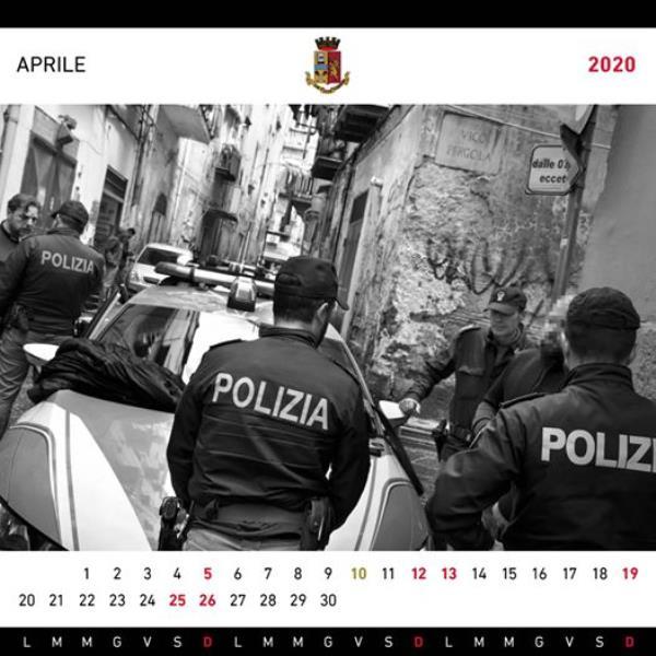 images La Questura di Catanzaro, guidata da Mario Finocchiaro, sempre più vicina ai cittadini: aperta una pagina Facebook