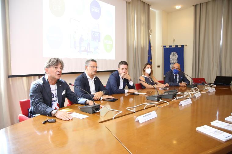 """images """"Yes, I Start Up"""", la Camera di Commercio di Catanzaro in prima linea per formare aspiranti imprenditori e finanziarne i progetti (VIDEO)"""