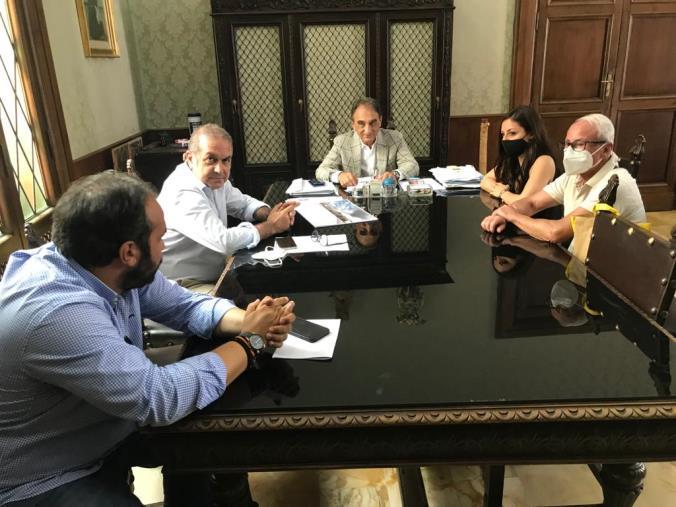 images Catanzaro, il sindaco Abramo ha incontrato l'architetto Federica Lia che ha presentato il progetto per un nuovo stadio