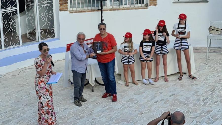 """images """"La Ferrari dei miei sogni è…"""", premiazione a Caminia per il concorso di pittura riservato agli studenti (I NOMI)"""
