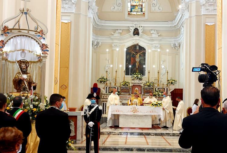 """images Festa San Francesco di Paola. Il Vescovo di Lamezia Terme: """"La nostra società ha bisogno di mitezza e umiltà"""""""