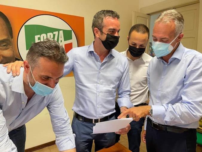 images Regionali. Forza Italia presenta la lista della circoscrizione Centro e Nord (I NOMI)