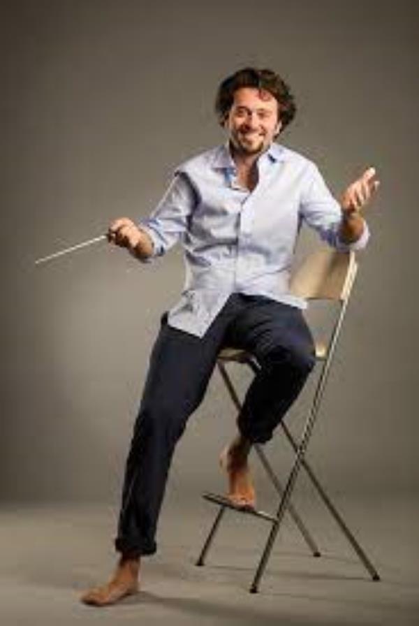 images Catanzaro. Jazz, il direttore artistico Filippo Arlia incanta il pubblico del Politeama