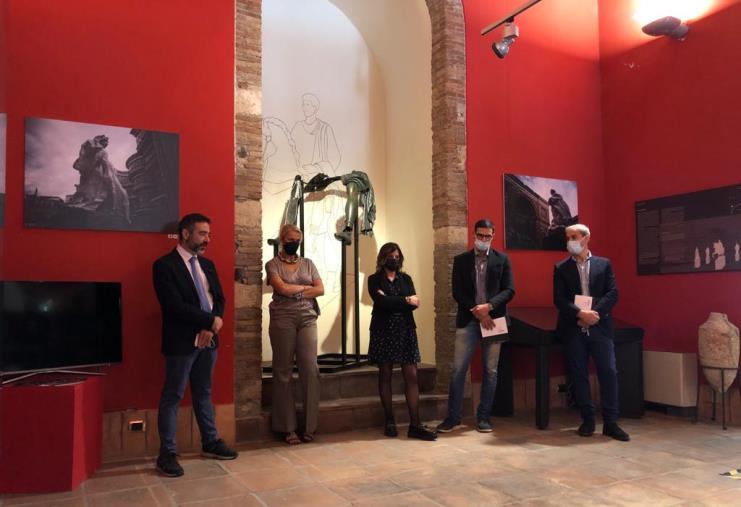 """images Il  Museo Archeologico di Catanzaro riapre i battenti con la mostra """"L'illusione e il tempo"""" del fotografo e scultore bresciano Fabio Bix"""