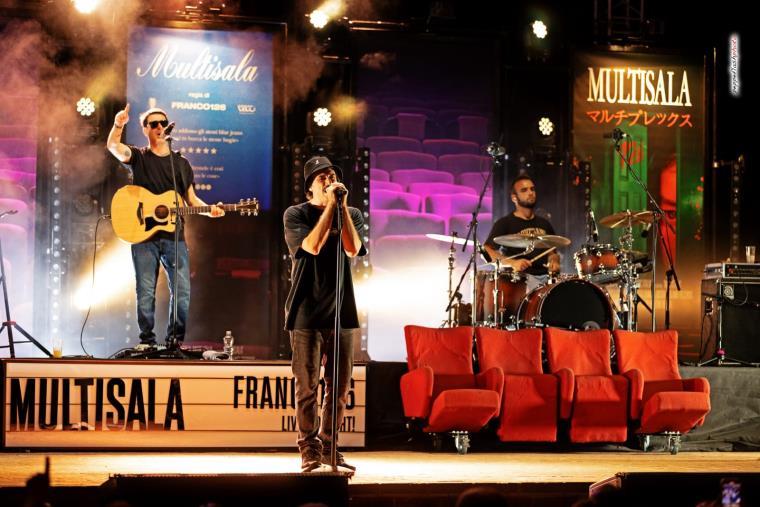 images Roccella Summer Festival: questa sera e domani i due concerti di Max Pezzali al Teatro al Castello